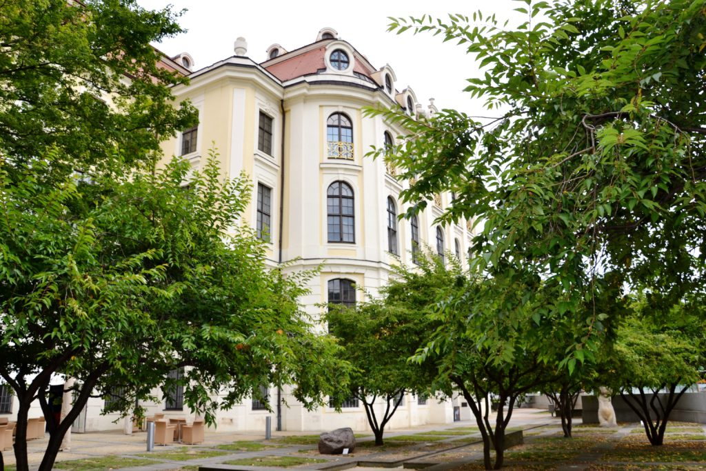 Drážďanské městské muzeum a galerie sídlí v jedné budově.